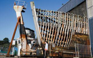 Το πλοίο «Καλυψώ» σήμερα, σε αποθήκη στο Κονκαρνό της Γαλλίας. Τίποτα δεν θυμίζει την «κυρία των ωκεανών» του κόσμου