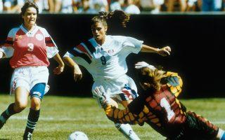 H παρουσία της Mία Χαμ, η οποία υπήρξε κορυφαία σκόρερ της εποχής της, άλλαξε την ιστορία του γυναικείου ποδοσφαίρου στις ΗΠΑ.