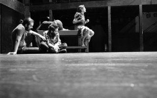 Σκηνή από την παράσταση «Ηλέκτρα (Το τελευταίο αίμα)».
