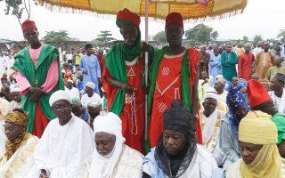 Μουσουλμάνοι ηγέτες στη Νιγηρία παρίστανται στην προσευχή για το Εϊντ αλ-Φιτρ.