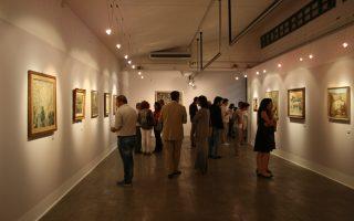 Τη βραδιά των εγκαινίων της έκθεσης έργων του ζωγράφου MAYO.