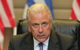 «Εχουμε ακόμα δρόμο μπροστά μας», δήλωσε ο κ. Αβραμόπουλος.