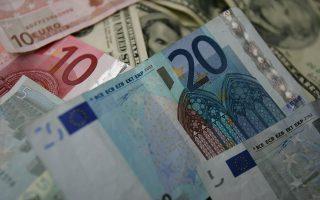 Το ευρώ σημείωνε ελαφρά ανάκαμψη, κυμαινόμενο το βράδυ στα 1,0843 δολάρια, μολονότι το δολάριο βρισκόταν στα υψηλά τριμήνου έναντι ενός καλαθιού νομισμάτων, χάρη στην προσδοκία για αύξηση των επιτοκίων από τη Fed.