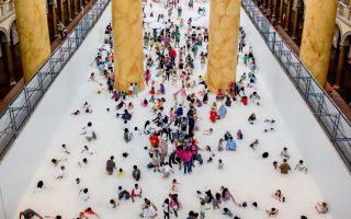 Η «Παραλία», που δημιούργησαν οι Snarkitecture, κατόπιν παραγγελίας του National Building Museum, καλύπτει τα 900 τ.μ. της Μεγάλης Αίθουσας.