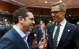 Ο υπουργός Οικονομικών της Φινλανδίας, Αλεξάντερ Στουμπ, με τον Αλέξη Τσίπρα (Φωτογραφία Αρχείου)