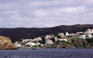 Το πρόστιμο σε περίπτωση διαπίστωσης από τις αρμόδιες αρχές λειτουργίας παράνομου τουριστικού καταλύματος φθάνει στις 50.000 ευρώ.