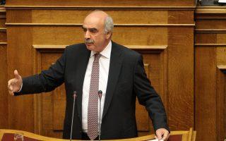Ο κ. Μεϊμαράκης αποκτά ελευθερία κινήσεων έναντι του ενδεχόμενου εκλογών και τη δυνατότητα αλλαγών σε πρόσωπα και σύνθεση οργάνων.