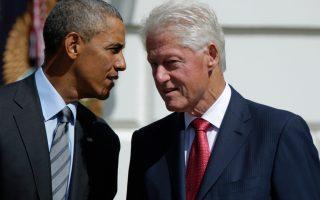 «Ο,τι και να συμβεί στις διαπραγματεύσεις, μη βγεις επ' ουδενί από το δωμάτιο», συμβούλευε ο Μπιλ Κλίντον τον κ. Τσίπρα, ενώ ο πρόεδρος Ομπάμα πίεσε προς κάθε κατεύθυνση για να μην υπάρξει ρήξη.