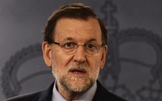 Ο Ισπανός πρωθυπουργός Μαριάνο Ραχόι δεν αλλάζει στρατηγική.