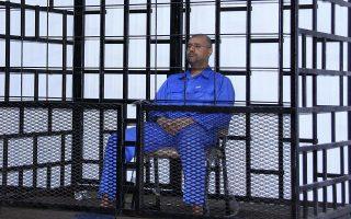 O Σαΐφ αλ Ισλάμ στο κελί του στο Ζιντάν, όπου τον κρατούν αντάρτες.