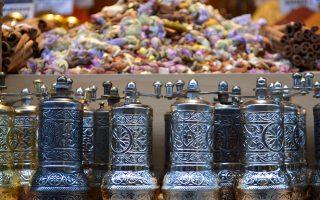 Περιήγηση στην ιστορία και τις γεύσεις της Κωνσταντινούπολης.