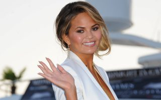 CRISSY TEIGEN ARRIVES AT MAILONLINE YACHT PARTY IN CANNESDURING CANNES LIONS FESTIVAL <P><noscript><img width=