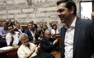al-tsipras-h-ora-tis-krisis-kai-tis-eythynis0