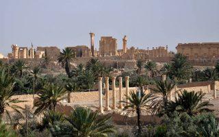 Η ιστορική Παλμύρα, εκπληκτική μαρτυρία ελληνιστικής - συριακής πόλης της ερήμου, κινδυνεύει στα χέρια των τζιχαντιστών, οι οποίοι, σύμφωνα με αναλυτές, στοχεύουν συνειδητά στην «απαλοιφή του παρελθόντος» μέσα από πολλούς παράλληλους «πολέμους».
