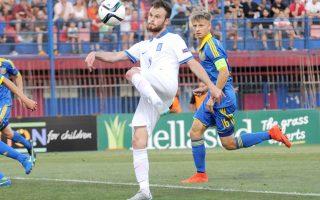 Με ένα γκολ σε κάθε ημίχρονο, η Εθνική νέων κατέβαλε την αντίσταση των Ουκρανών στην πρεμιέρα του Euro που διεξάγεται στην Ελλάδα.