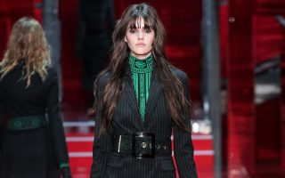 Pixelformula  Versace Womenswear  Winter 2015 - 2016 Ready To Wear  Milan