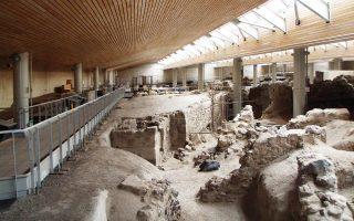 Σημαντικοί αρχαιολογικοί χώροι, όπως το Ακρωτήρι, είχαν φέτος αυξημένη προσέλευση επισκεπτών.