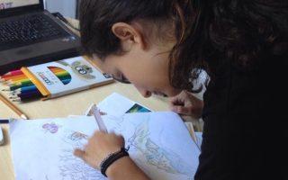 Η 14χρονη Ηλέκτρα Γιακαμόζη εμπνεύστηκε από τον ήχο των δελφινιών, κερδίζοντας το 1ο βραβείο διαγωνισμού στο Τόκιο.