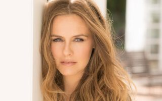 Alicia Silverstone and Peter Dinklage campaign to ban testing on animals