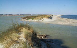 Η Αλυκή της Λήμνου βρίσκεται στο βορειοανατολικό κομμάτι του νησιού και αποτελούσε τη μεγαλύτερη φυσική αλυκή στη Μεσόγειο. Η διάνοιξη της εισόδου της έγινε για να αποφευχθεί πλημμύρα. Σήμερα έχει μετατραπεί σε όρμο.