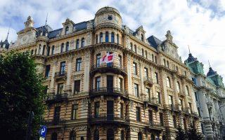 Εκπλήσσει το αρχιτεκτονικό δυναμικό της λετονικής πρωτεύουσας.