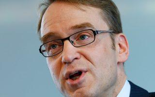 Συγκεκριμένες προτάσεις, με στόχο τη σταθερότητα του ευρώ, προσφέρει ο πρόεδρος της Bundesbank, Γενς Βάιντμαν.