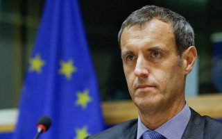 Rob Wainwright: Περίπου 5.000 με 6.000 υπολογίζονται οι Ευρωπαίοι πολίτες που εντάχθηκαν στις τάξεις του «Ισλαμικού Κράτους», αρκετοί από τους οποίους έχουν επιστρέψει στην Ε.Ε.