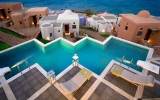 Επιστρέφει στην Ελλάδα ο ξενοδοχειακός όμιλος της Marriott μέσω του ξενοδοχείου Domes of Elounda (φωτ.), το οποίο εντάχθηκε στο χαρτοφυλάκιο της αλυσίδας Autograph Collection Hotels του ομίλου της Marriott.