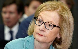 «Η σημαντική αύξηση των κεφαλαιακών απαιτήσεων τη συγκεκριμένη στιγμή θα θέσει σε κίνδυνο την ανάκαμψη της ιταλικής οικονομίας», αναφέρει ο αντιπρόεδρος της Τράπεζας της Ιταλίας, Φάμπιο Πανέτα, στην επιστολή του προς την επικεφαλής του Ενιαίου Μηχανισμού Εποπτείας της ΕΚΤ, Ντανιέλ Νουί (φωτ.).
