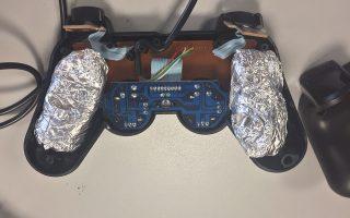 ekrypsan-tin-iroini-sto-playstation0