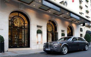 Στο τελικό στάδιο βρίσκεται η ολοκλήρωση της εξαγοράς έκτασης στη Μύκονο για την κατασκευή ξενοδοχείου. Το ιδιαίτερο ενδιαφέρον που παρουσιάζει η συγκεκριμένη επένδυση αφορά σε προσύμφωνο που υφίσταται με τη Four Seasons Hotels Resorts, προκειμένου η διεθνής ξενοδοχειακή αλυσίδα να αναλάβει τη διαχείριση του πολυτελούς συγκροτήματος.