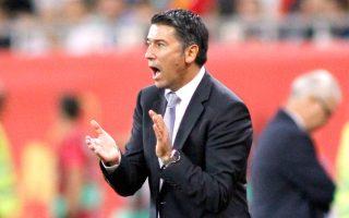 Ο Κ. Τσάνας παραμένει ως υπηρεσιακός προπονητής της Εθνικής και βοηθός του επόμενου ομοσπονδιακού.