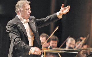 O Zούμπιν Mέτα, αρχιμουσικός με 2.000 κοντσέρτα και μισόν αιώνα καριέρας στις μεγαλύτερες ορχήστρες του κόσμου, επιστρέφει με τη Φιλαρμονική του Iσραήλ για τρίτη χρονιά στο Mέγαρο.