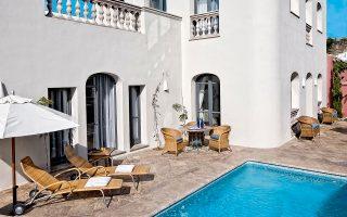 Σημαντικές επενδύσεις έχουν σημειωθεί και στην ξενοδοχειακή αγορά της Ισπανίας, με την αξία των συναλλαγών να ανέρχεται σε 1,1 δισ. ευρώ.