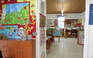 «Με ενοχλούσε η σκέψη να είναι κλεισμένα τα παιδιά στο σπίτι», αναφέρει η κ. Μάνια Κατεβαινίδου.
