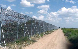 Ο φράχτης στον Εβρο.Μετά την ανέγερσή του καταγράφηκε σημαντική μείωση των ροών στην περιοχή.