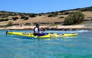 Στόχος της «Way Out Adventures» είναι ο τουρισμός. Ηδη έχουν μυήσει στο θαλάσσιο καγιάκ Γάλλους και Γερμανούς.