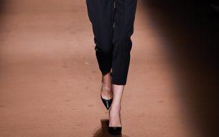 Pixelformula Andrew GNWomenswear Winter 2015 - 2016Ready To Wear Paris