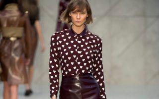 Pixelformula  Burberry Prorsum Womenswear Winter 2013 - 2014 London