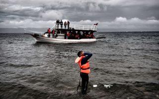 Στα 1.200 ευρώ οι ενήλικοι, 600 τα παιδιά, αλλά και έκπτωση στα... μεγαλύτερα γκρουπ – ισχύει για όσες διαβάσεις χρειαστεί έως ότου οι πρόσφυγες φθάσουν με ασφάλεια σε ελληνικό νησί.