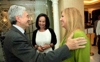 Η κ. Αννα Διαμαντοπούλου με τον πρώην πρωθυπουργό της Ιταλίας Μάσιμο ντ' Αλέμα και την κ. Φώφη Γεννηματά, στο περιθώριο του συνεδρίου «Greece forward».