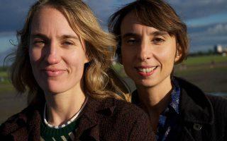 Oι Γερμανίδες σκηνοθέτιδες Antje Kruska και Judith Keil, δημιουργοί τoυ βραβευμένου ντοκιμαντέρ «Γη εν όψει», δουλεύουν μαζί από το 1999.