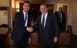 Ο Σάντρο Γκότζι (αριστερά) κατά την επισκέψή του στην Ελλάδα στις 26 Οκτωβρίου ΑΠΕ - ΜΠΕ/Αλέξανδρος Μπελτές