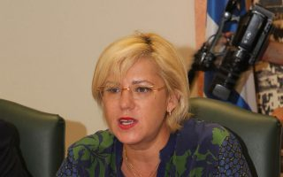 H επίτροπος αρμόδια για την Περιφερειακή Πολιτική Κορίνα Κρέτσου.