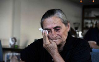 Ο χρόνος σταμάτησε τον Ιούλιο του 1974 για την Ελληνοκύπρια Χαρίτα Μάντολες, η οποία υπήρξε αυτόπτης μάρτυρας της δολοφονίας του συζύγου της, του πατέρα της και έντεκα ακόμη συγγενών της.