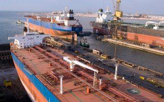 Οι Ελληνες πλοιοκτήτες έχουν παραγγείλει συνολικά 51 νέα δεξαμενόπλοια, συνολικού μεγέθους 4,4 εκατ. τόνων, το οποίο αποτελεί και το 25% των παγκόσμιων παραγγελιών που έχουν δοθεί για δεξαμενόπλοια φέτος.