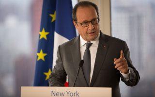 Προϋπόθεση για να παράσχει στήριξη ο Φρανσουά Ολάντ είναι να δώσει η ελληνική κυβέρνηση θετικά δείγματα γραφής στην υλοποίηση του τρίτου προγράμματος.