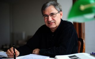 Ο Τούρκος νομπελίστας συγγραφέας Ορχάν Παμούκ κατηγορεί τον Ερντογάν για το κλίμα ανασφάλειας στην Τουρκία.