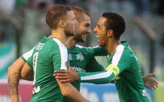 Οι «πράσινοι» νίκησαν 3-1 τον ΠΑΣ Γιάννινα, ξέφυγαν από τις υπόλοιπες ομάδες και ακολουθούν κατά πόδας τον Ολυμπιακό.