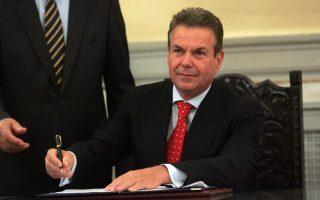 Ο υφυπουργός Εργασίας, κοινωνικών ασφαλίσεων και κοινωνικής αλληλεγγύη Αν. Πετρόπουλος